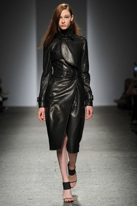 Ports 1961 leather trench coat fall-winter 2014-2015