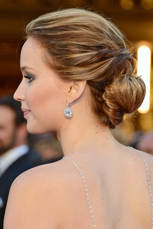 jennifer lawrence low sleek bun oscar 2013