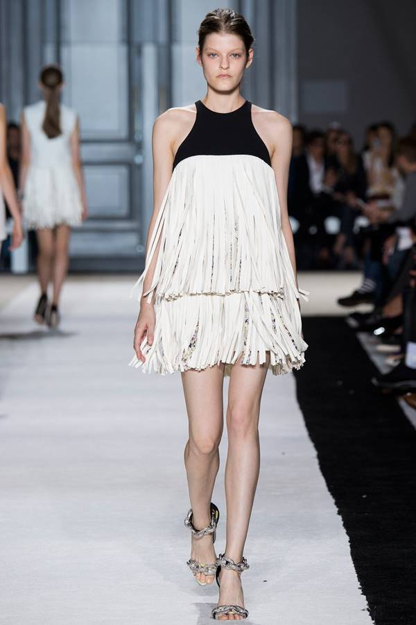 Giambattista Valli black and white dress spring summer 2015