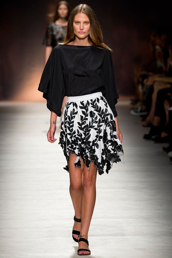 Blumarine short black and white skirt spring summer 2015