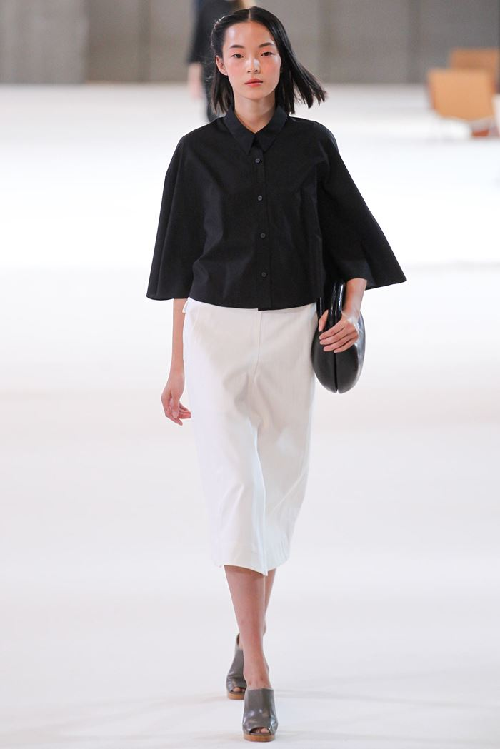 Christophe Lemaire black blouse spring-summer 2015