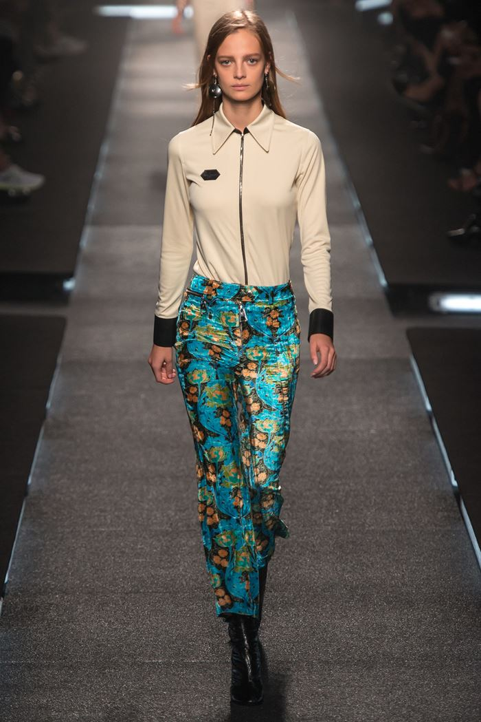 Louis Vuitton cropped printed pants spring-summer 2015