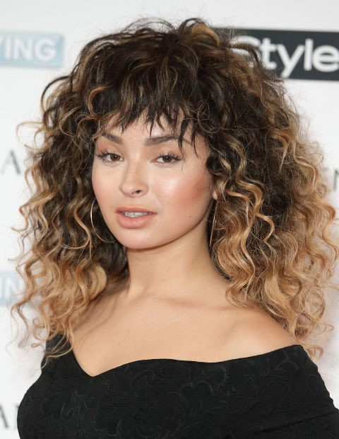 2015 Long Curly Hairstyles: Ella Eyre