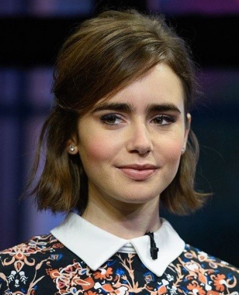 2015 Straight Hairstyles for Work: Lily Collins