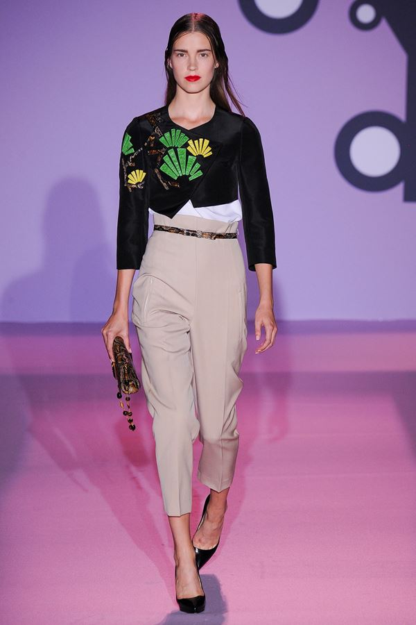 Andrew Gn Cropped Pants for Summer 2015