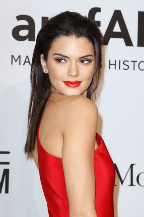 Long Straight Hairstyles 2015: Kendall Jenner