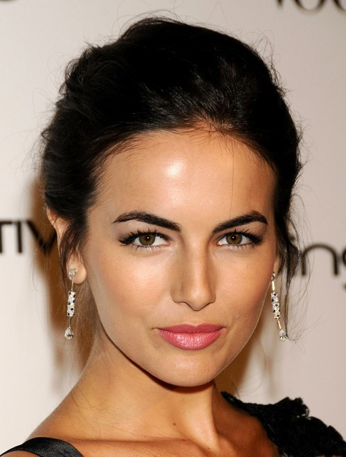 Best celebrity thick eyebrows: Camilla Belle