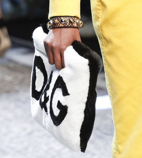 Dolce&Gabbana Handbags & Purses Fall/Winter 2017-2018: black and white faux fur logo