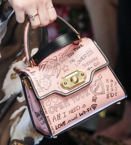 Dolce&Gabbana Handbags & Purses Fall/Winter 2017-2018: soft pink leather with inscriptions