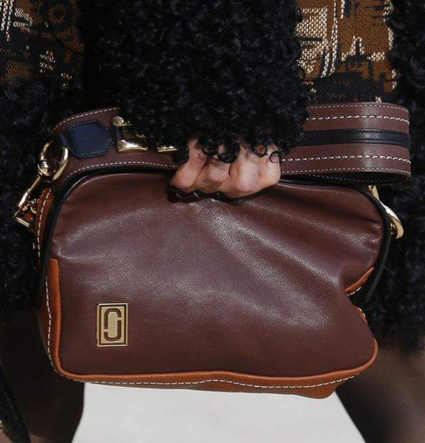 Marc Jacobs Handbags Fall/Winter 2017-2018: dark brown leather