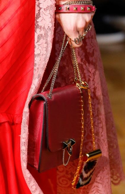 Valentino Bags Fall/Winter 2017-2018: red leather chain handle double handbag